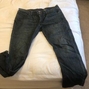 Levi's 514 men's medium wash jean